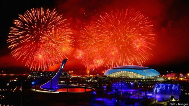23 февраля 2014 года Путин присутствовал на церемонии закрытия Олимпиады в Сочи