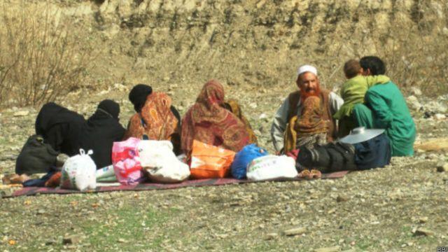 پاکستان پس از حمله به یک مدرسه متعلق به ارتش در پیشاور، فشارها علیه مهاجران افغان را افزایش داده