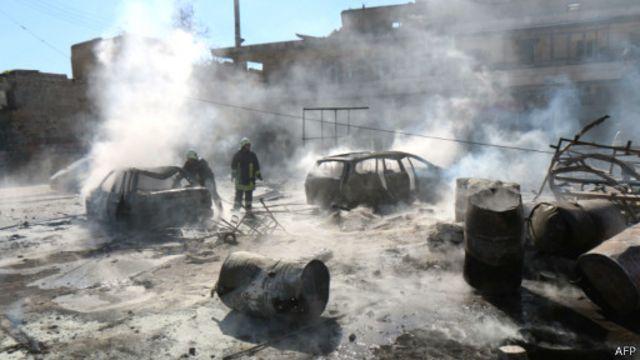 مخالفان حکومت سوریه نیروهای دولتی را به ویرانی مناطق شهری متهم میکنند