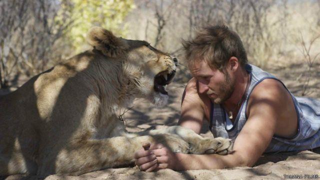 Валентин Грюнер и львица