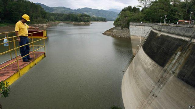 En 2007, la falta de agua llevó al gobierno de la época a declarar la emergencia nacional.