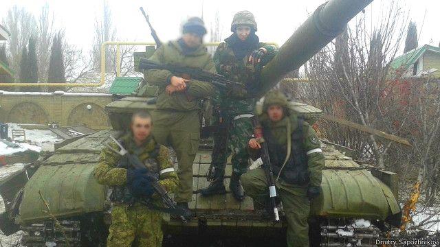 По словам Дмитрия, помощь российских танковых подразделений во время боев за Дебальцево была решающей
