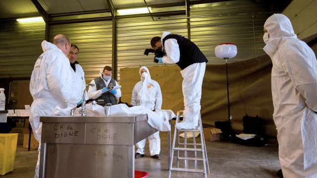 Pemeriksaan sisa-sisa tubuh korban Germanwings