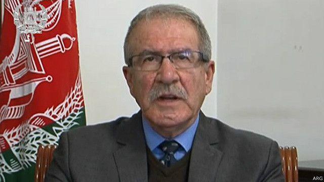 آقای لودین در دوران حاکمیت حزب دموکراتیک خلق افغانستان در سمت های نظامی کار کرده است.