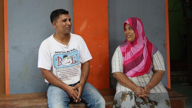 Mohammad Khan dan istri