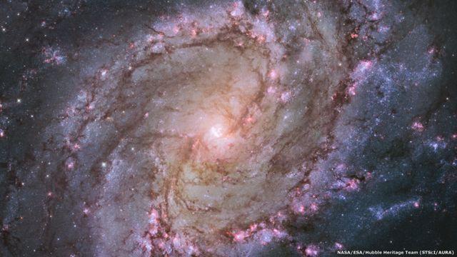 Seleção de imagens mostra o melhor da produção do telescópio Hubble em 25 anos. | Foto: NASA