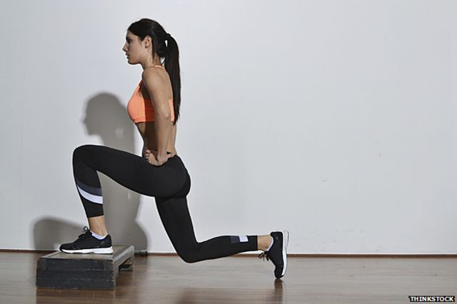 Las personas pueden incorporar una rutina de ejercicios simple a la cargada agenda del día.