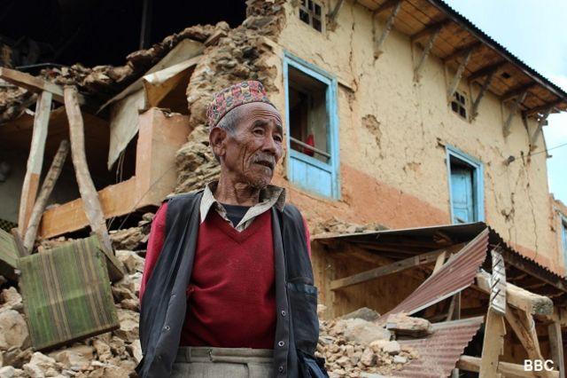 زمینلرزه شنبه ۲۵ آوریل، ۷.۸ درجه ریشتر ارزیابی شد که طی ۸۰ سال گذشته در نپال بیسابقه بوده است
