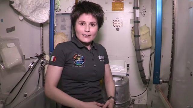 سامانتا کریستوفورتی نخستین زن فضانورد ایتالیایی