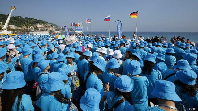 O empresário chinês Li Jinyuan pagou quatro dias de férias na França para os seus funcionários