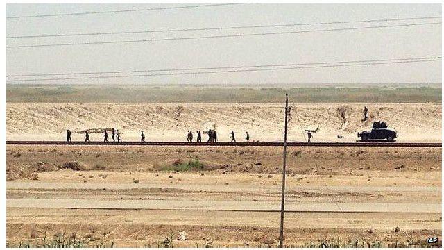 """Иракские силы отступили из Рамади из-за наступления """"Исламского государства"""""""
