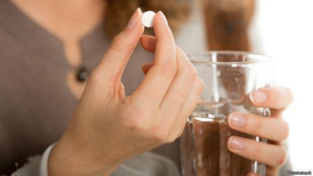 Estudo têm recomendado cuidado a grávidas na ingestão de analgésicos