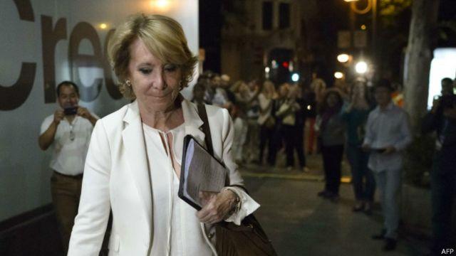 Esperanza Aguirre ganó las elecciones en Madrid pero un pacto Podemos-PSOE la podría dejar en la oposición.