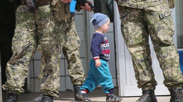 Краще, коли діти дотримуються в конфлікті тих самих поглядів, що й батьки, каже Вікторія Горбунова