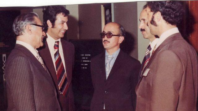 اکرم عثمان به همراه هیات ایرانی که برای شرکت در سمینار خواجه عبدالله انصاری به کابل آمده بودند