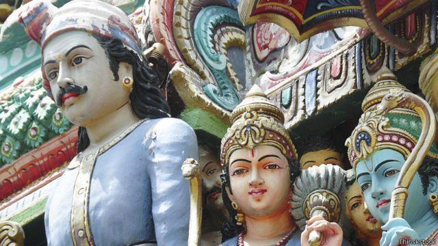 En varias religiones hay diosas mujeres.