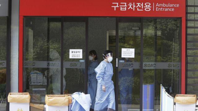 韓國三星首爾醫院急診部入口(7/6/2015)