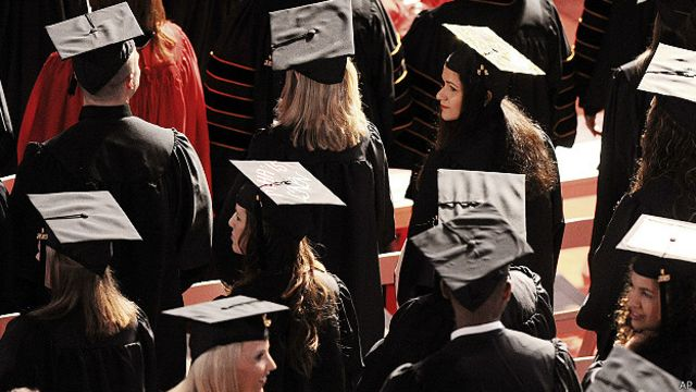 Mujeres graduadas