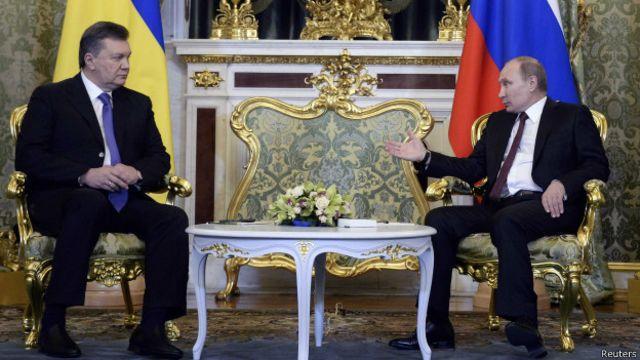 С Путиным, по словам Януковича, он общался последнее время всего несколько раз