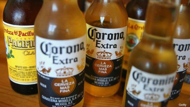 Cerveza Corona Extra.