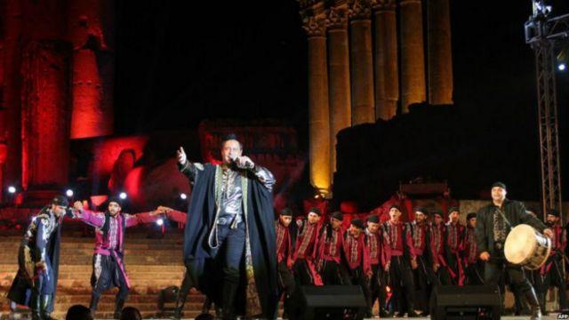 جشنواره هنری بعلبک در شرایطی برگزار می شود که در آن سوی مرز جنگ داخلی سوریه تشدید شده است