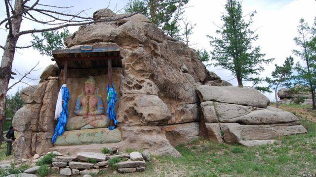 جبل خلدون في منغوليا الذي يعتقد أنه موقع ميلاد ودفن جنكيز خان.