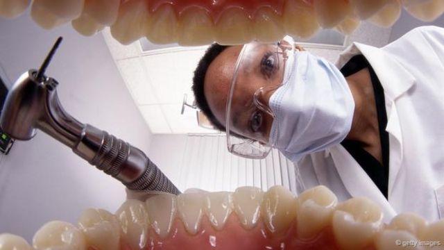 威廉最后的一段记忆是坐在牙医的椅子上(图片来源:Getty Images)