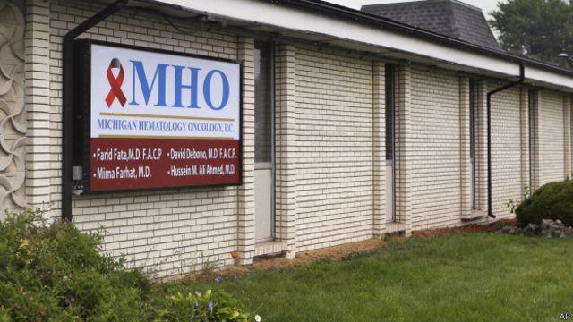 Las clínicas de Fata facturaron US$ 225 millones al seguro estadounidense Medicare por sus tratamientos fraudulentos.