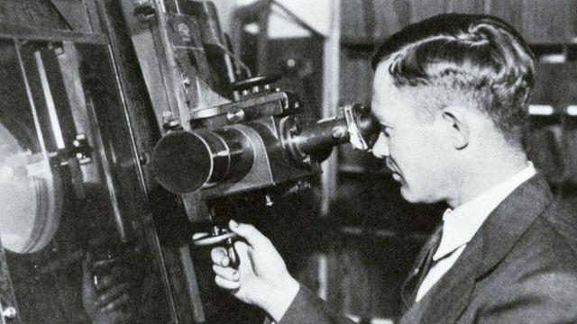Parte das cinzas de Clyde Tombaugh, que descobriu Plutão, em 1930, está a bordo da sonda