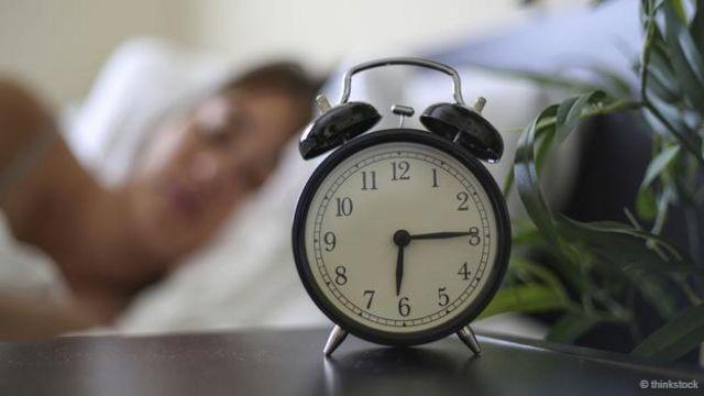 提升睡眠效率的方法之一就是保持作息规律。(图片来源:Thinkstock)