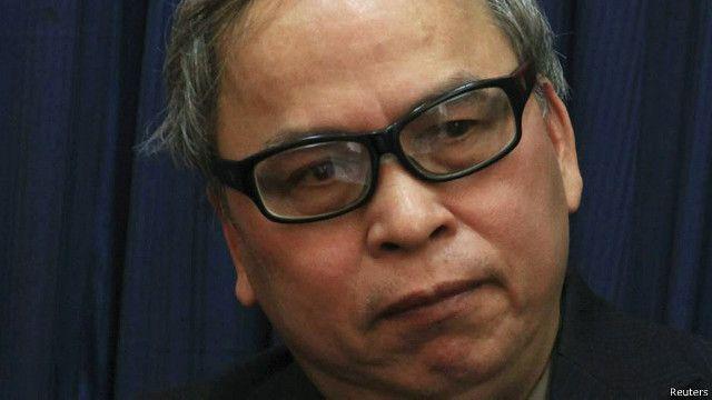 Hội nghị Trung ương 3 khóa 12 của Ban chấp hành Trung ương Đảng CSVN đã không đề cập tới tình hình an ninh Biển Đông và vụ Formosa gây nhiễm độc môi trường Biển của Việt Nam, theo tác giả, nhà văn Phạm Viết Đào.
