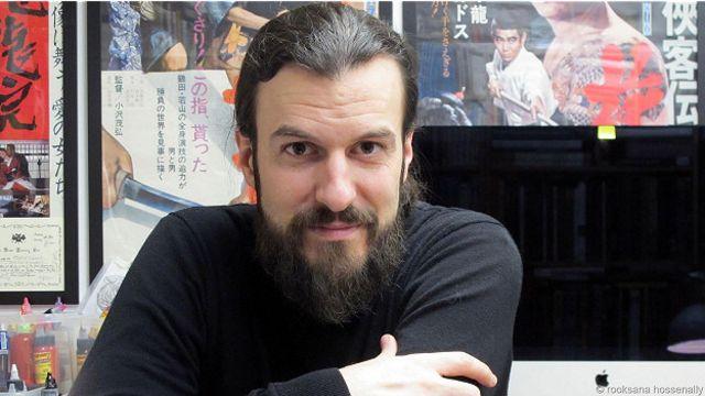 Алекс Райнке в своей лондонской студии