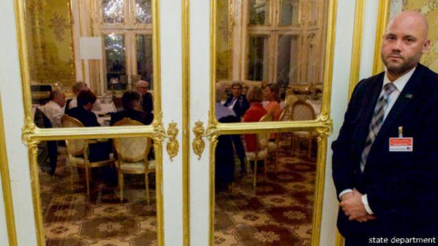 جلسه وزرای خارجه پنج عضو دائم شورای امنیت (به همراه آلمان) با حضور مسئول سیاست خارجی اتحادیه اروپا در دور پایانی مذاکرات اتمی
