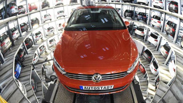Automóvil Golf de Volkswagen.