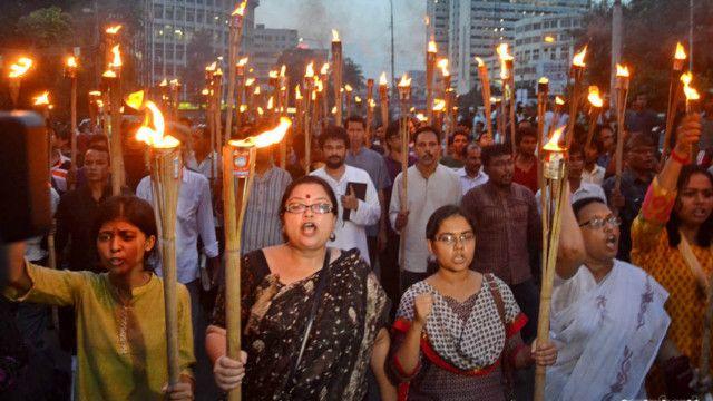 ব্লগার নীলাদ্রি চ্যাটার্জি হত্যার প্রতিবাদে শনিবার ঢাকায় মশাল মিছিল