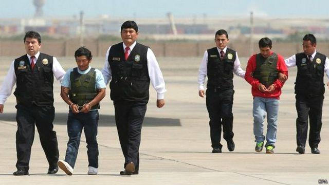 """El ejército capturó el fin de semana a dos integrantes de grupos armados en la selva peruana. Uno de ellos fue identificado como Alexander Alarcón Soto, camarada """"Renán""""."""