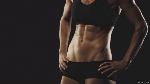 Para conseguir un abdominal perfecto hay que complementar diferentes tipos de ejercicios.