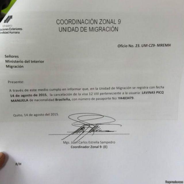 Documento confirmando cancelamento do visto da jornalista Manuela Picq no Equador