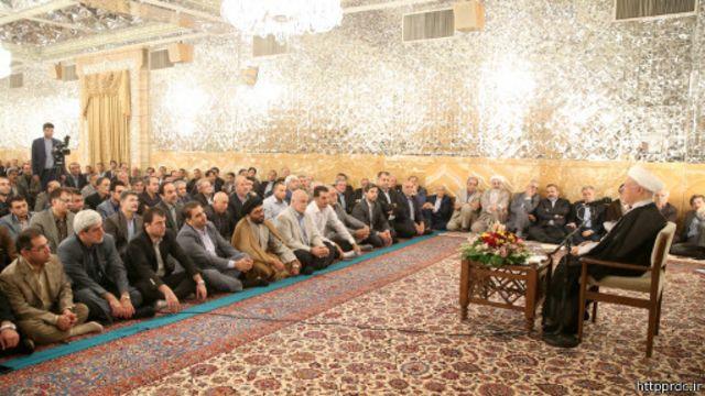 اکبر هاشمی رفسنجانی در تالار آیینه آستان قدس سخنرانی کرده