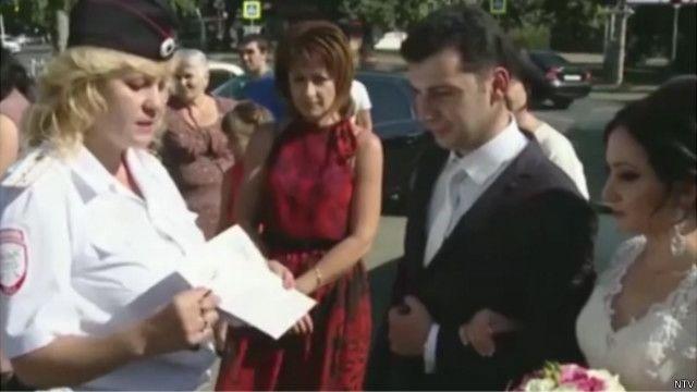 پولیس یونٹ اس امر کو یقینی بنائے گا کہ شادی کے مہمانوں سے بھری گاڑیاں ہائی وے کے ضابطوں کی پابندی کریں