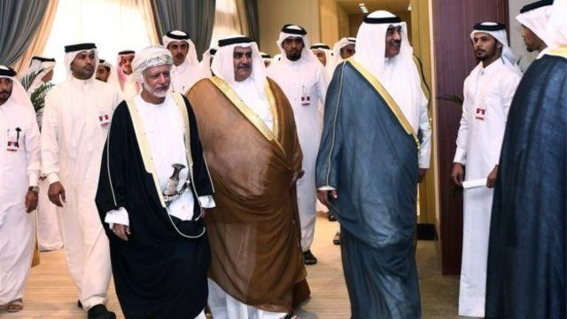 قطر اور سعودی عرب سمیت تمام آسودہ خلیجی ریاستوں نے اب تک کسی شامی پناہ گزیں کو لینے کا اعلان نہیں کیا ہے