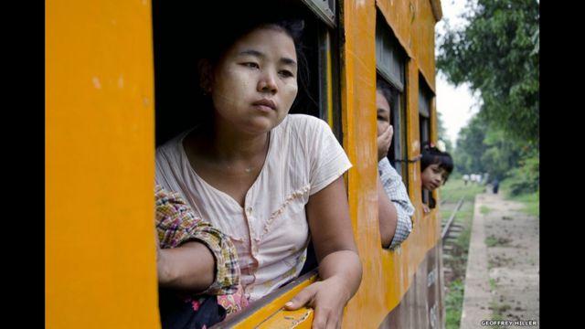 Jalur kereta lingkar di Yangon, 2011