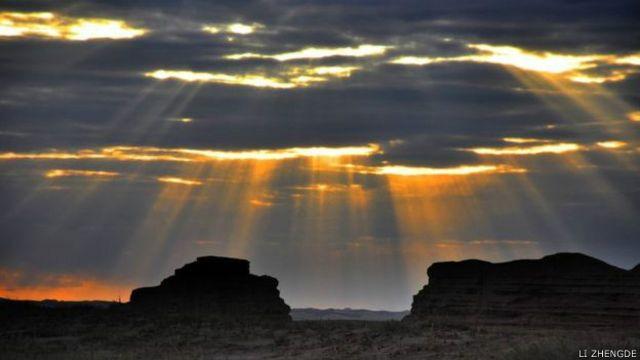 गोबी रेगिस्तान का अपार विस्तार