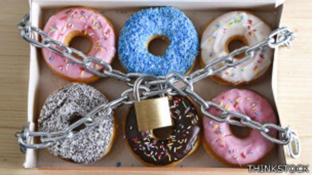 Harland dice que no eliminará del todo la comida chatarra y los azúcares añadidos.