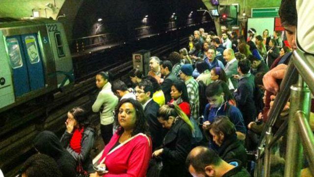 Em situações de pane, metrô registrou até casos de tentativa de estupro no ano passado