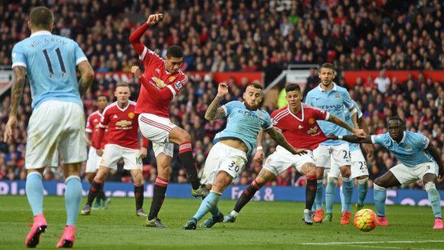 Manchester United-lə Manchester City matçında yalnız son 10 dəqiqə ərzində müəyyən canlanma baş verdi.
