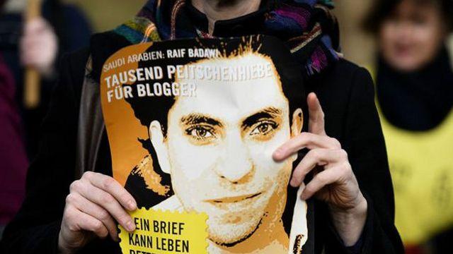 رائف بداوی حدود سه سال است که در زندان به سر میبرد