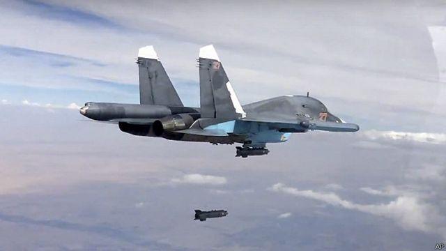 Бомардировщик Су-34 в Сирии