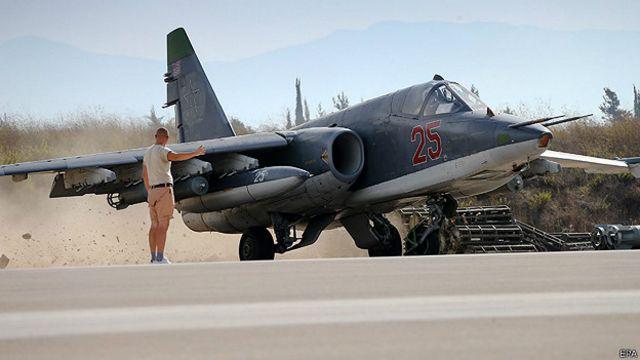 Штурмовик Су-25 в Сирии