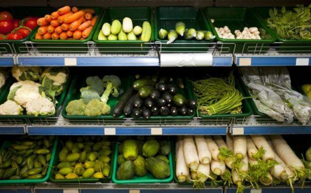 Cuando las cosechas son malas, los supermercados flexibilizan sus estándares estéticos.